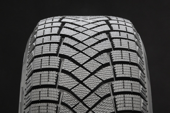 Pirelli_WINTER ICE ZERO FR