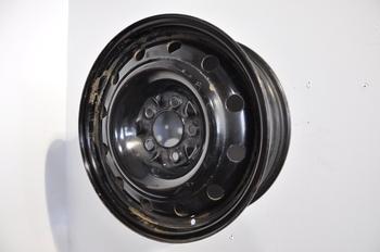roues d 39 acier usag es 16 pouces roue d 39 alliage roues d 39 acier usag es a vendre roues d 39 acier. Black Bedroom Furniture Sets. Home Design Ideas