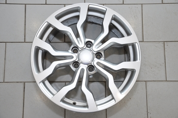 USED MAG WHEELS_17 INCHES